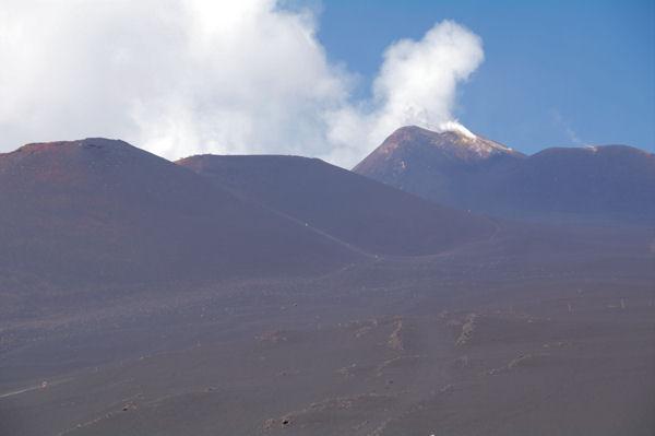 Le Monte Frumento Supino, la Torre del Filosofo et l_Etna