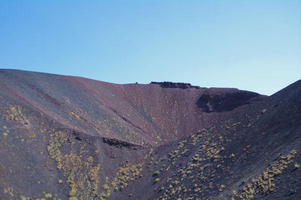 Le cratère du Monte Calcarazzi o Corvo
