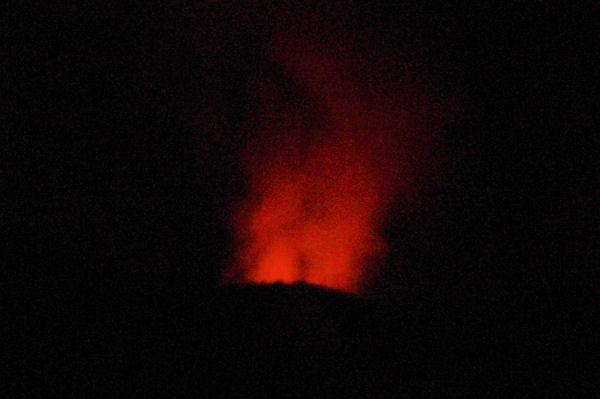 Le Stromboli en action nocturne