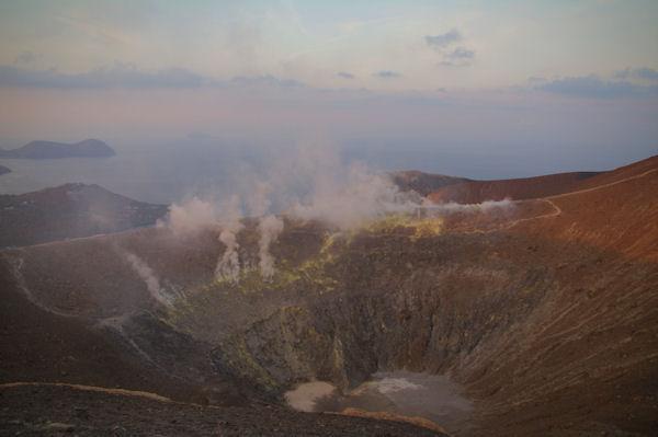 Le cratère du Vulcano