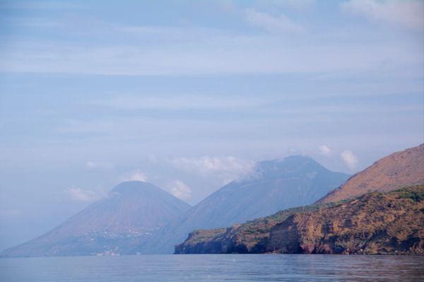Le Monte Porri et le Monte Fossa delle Felci sur l_Ile de Salina