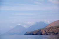 Le Monte Porri et le Monte Fossa delle Felci sur l'Ile de Salina